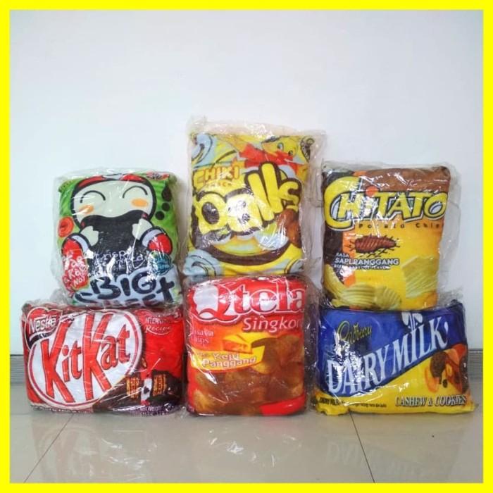 Foto Produk Boneka Bantal Kursi Santai Snack Chiki Print Lembut Lucu Unik Murah dari Iyesh Online Store