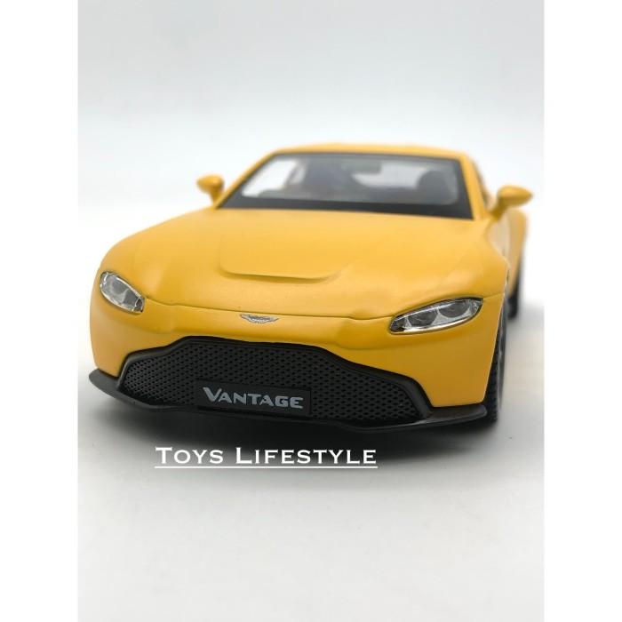 Jual Rmz City Diecast Aston Martin Vantage Yellow Matte Skala 1 32 Jakarta Barat Toys Lifestyle Tokopedia
