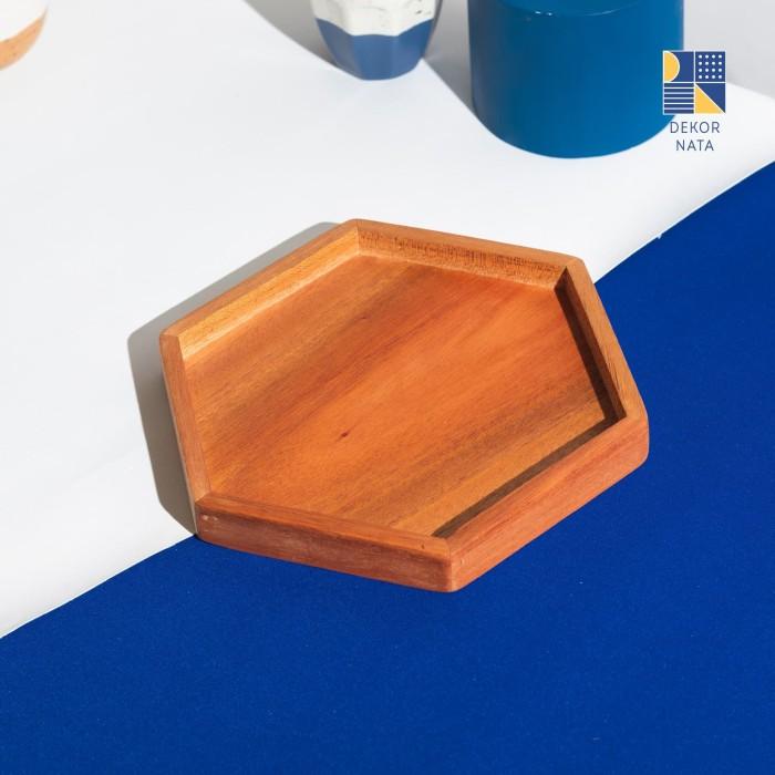 Foto Produk Wooden Hexagon Plate / Piring Hexagon Kayu / Piring Kue / Wood Plate dari Dekornata