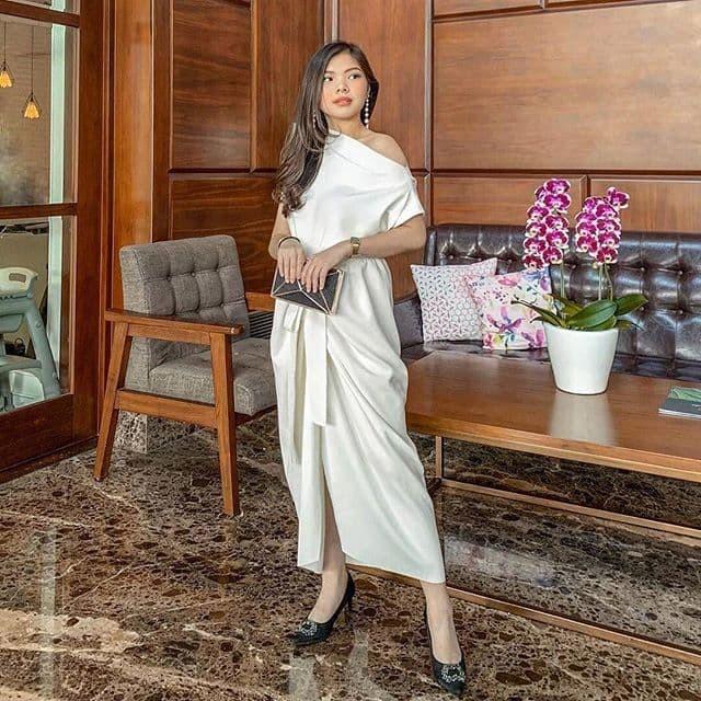 Foto Produk Serendipity Dress White dari rhei_collection