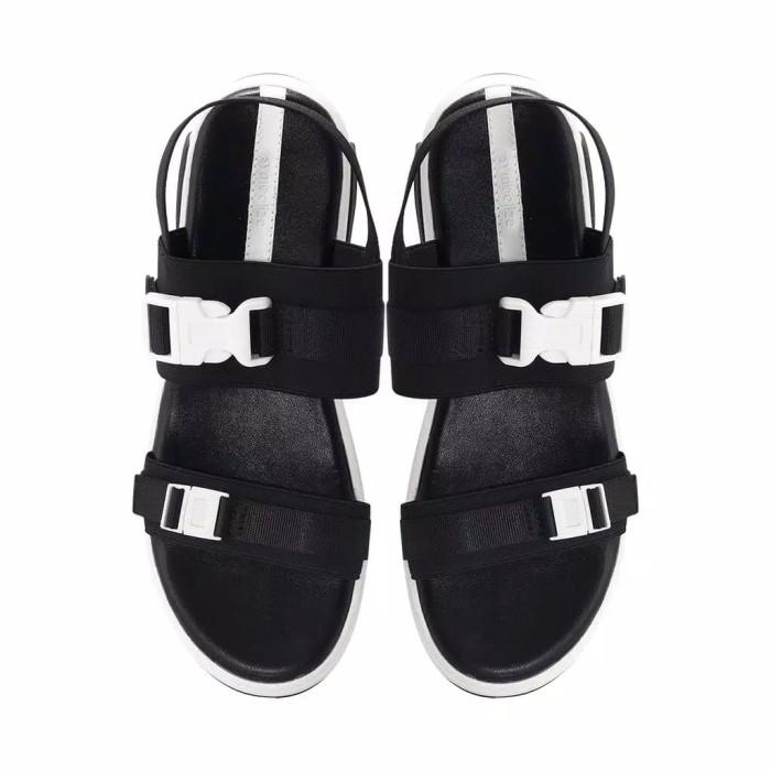 Foto Produk Sepatu Sandal Wanita Symbolize Talisa Wedges - Hitam dari fennyma