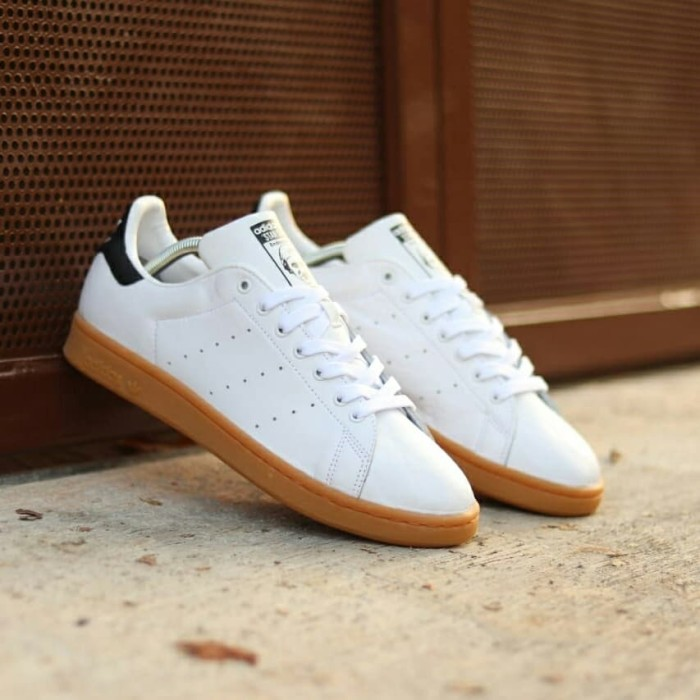 cancello Sobriquette Fitness  Jual ORIGINAL ADIDAS STAN SMITH - WHITE/NAVY GUM SOLE - Kab. Tangerang -  adiet-o-matic | Tokopedia