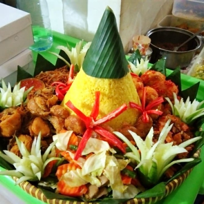 Jual Nasi Tumpeng Utk 5 Orang Uk 40 Cm Halal Enak Buat Arisan Ultah Dll Jakarta Selatan Onanama Kue Makanan Tokopedia