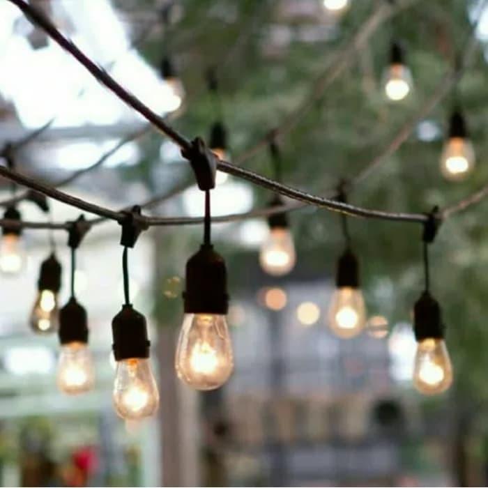 Fitting Lampu Gantung Outdoor