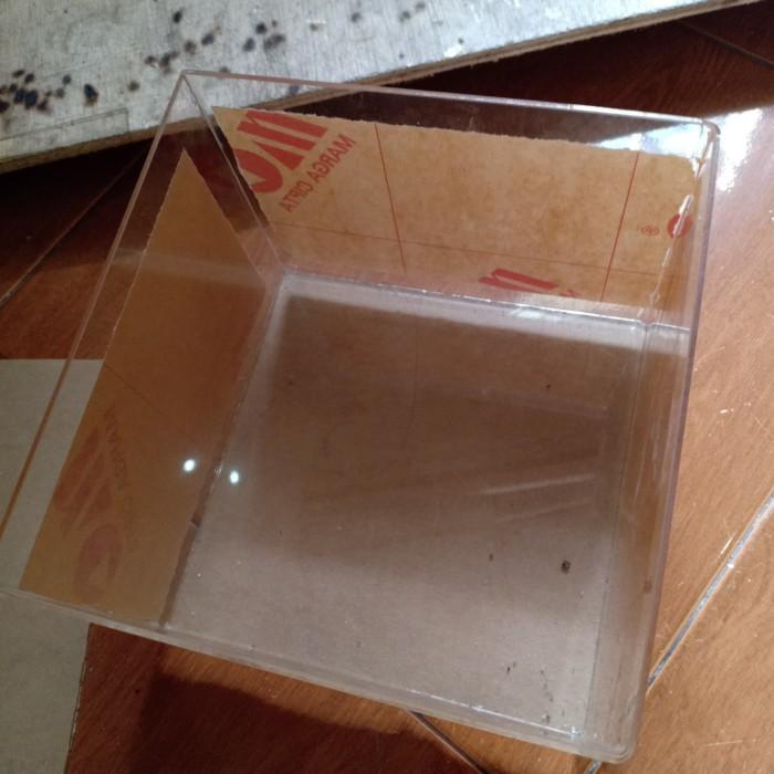 Foto Produk Aquarium Akrilik (P40xL25xT28) dari Medya Sukses