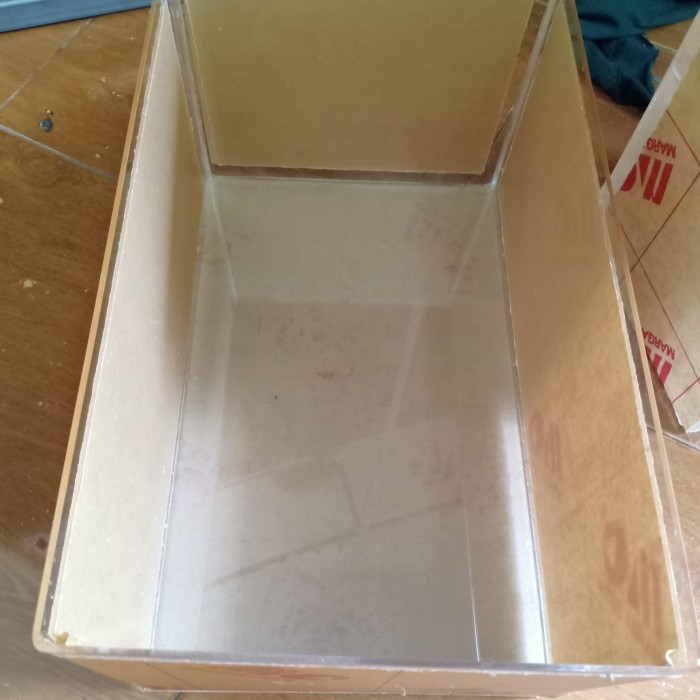 Foto Produk kotak aquarium akrilik ukuran p80 L 10 T45 dari Medya Sukses