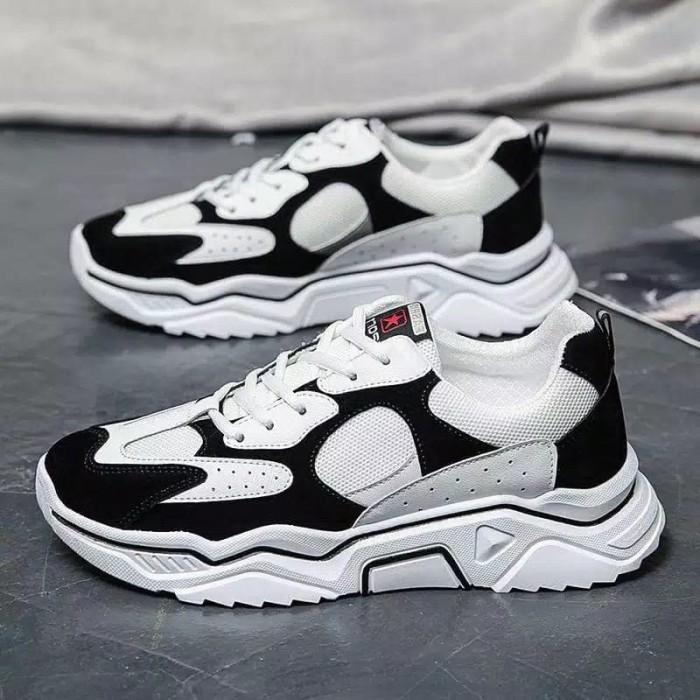 Sepatu Sneakers Original Panarybody
