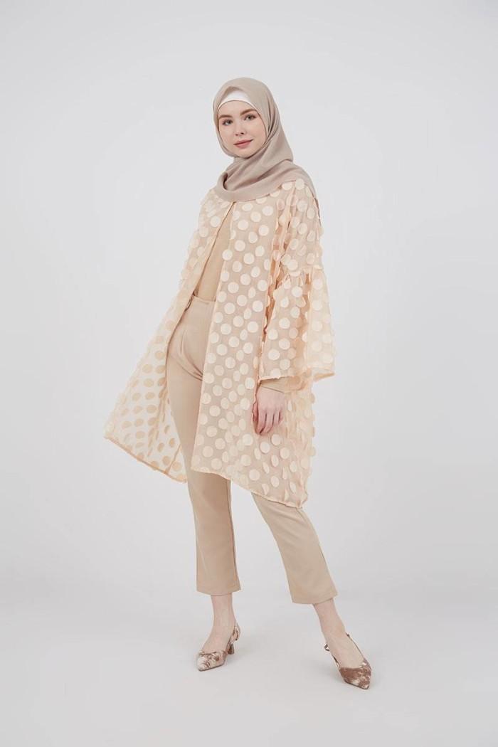 Promo Hijabenka Outer Atasan Kimono Wanita Ibayni Outer Cream Kuning L Kota Tangerang Selatan Hijabenka Tokopedia