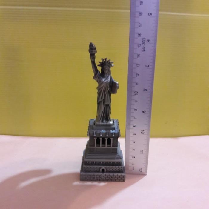 Foto Produk miniatur pajangan patung liberty tinggi 15 cm dari New Budiono Bringharjo