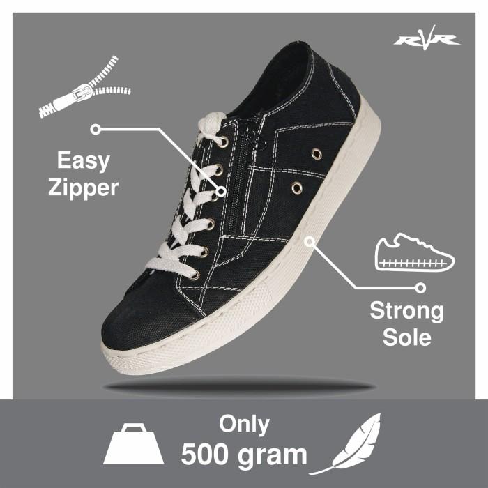 Foto Produk Sepatu Casual Sneakers RVR Arklow Black - 39 dari sepaturvrbandung