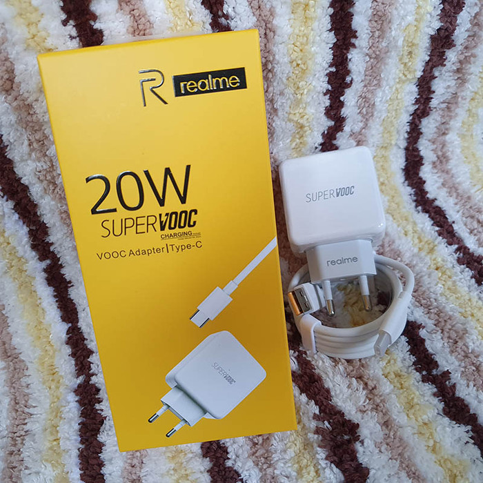 Foto Produk Official Realme Super VOOC Charger 20W Type-C - V8 Micro USB Cable - Type-C CABLE dari Logay Accessories