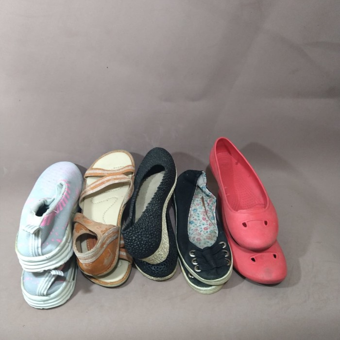 Foto Produk sepatu wanita take all dari yakiniae