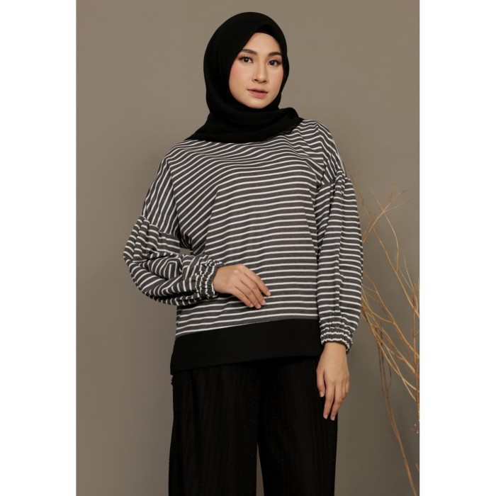 Foto Produk Mybamus Balloon Stripe Wrinkle Tops Black M15547 R69S6 dari Mybamus Official