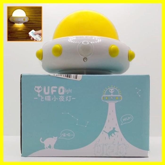 Foto Produk Lampu Dinding Kamar Tidur Malam LED Night Lamp Remote Timer UFO Unik dari Iyesh Online Store