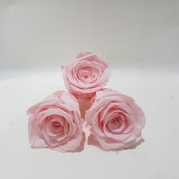 Foto Produk 1 pc Preserved Head Rose 5-6cm / bunga mawar per piece dari Clavel Florist