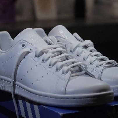Foto Produk Adidas Stan Smith Full White Leather dari Hyperival