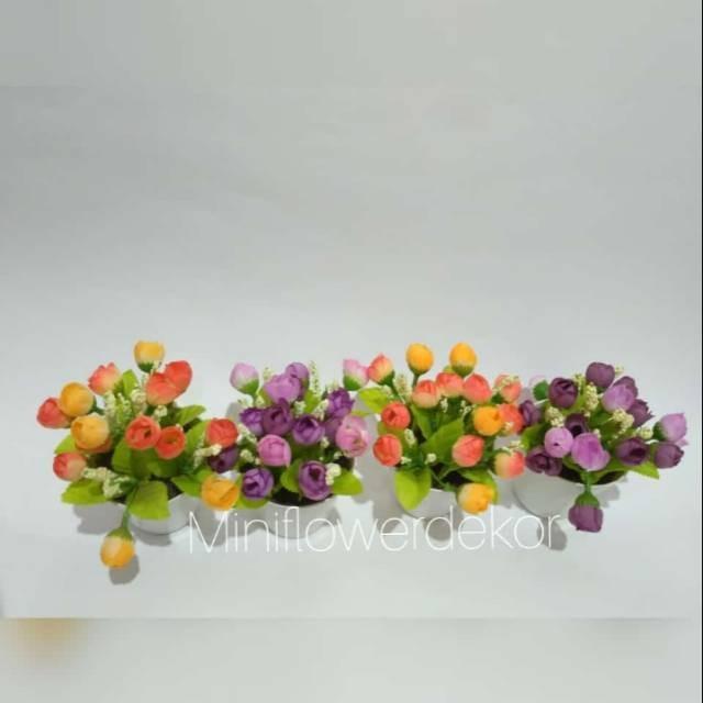 Jual Bunga Tulip Mini Artificial Warna Kuning Dan Ungu Kab Semarang Aureli Jaya Tokopedia