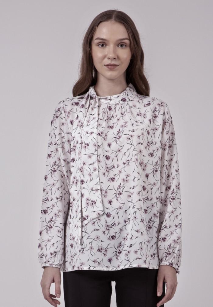Foto Produk The Executive Loose Blouse 5-BLWKEY120C076 Off White - Off White, M dari The Executive Indonesia