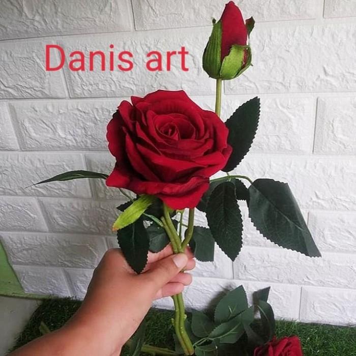 Jual Bunga Mawar Mawar Palsu Bunga Rose Rose Palsu Mawar Cantik Kota Tangerang Selatan Dani S Art Cake Tokopedia