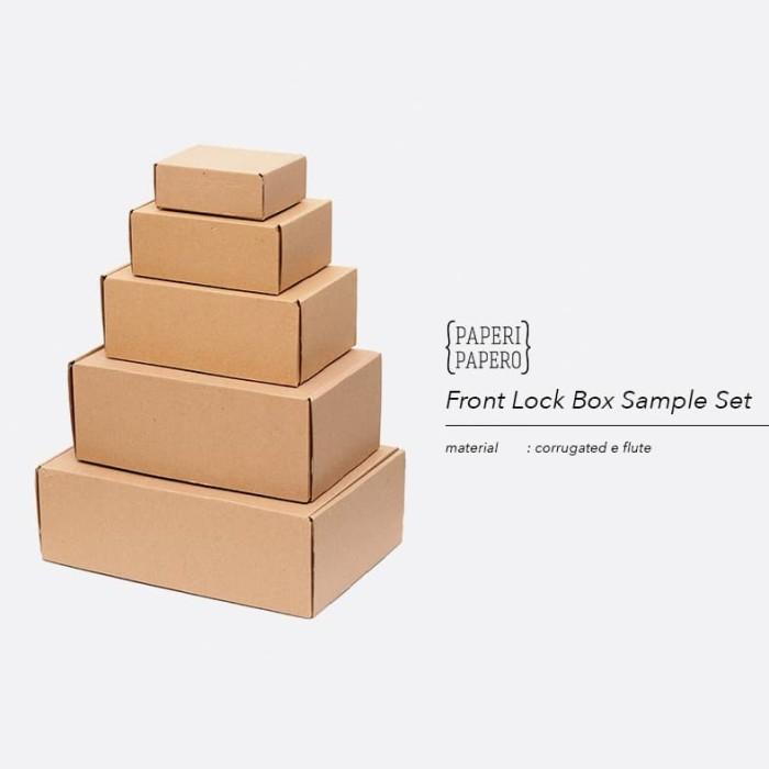 Foto Produk Sample Set Front Lock Box Setiap Ukuran - Sampel Contoh Kotak Kue dari {Paperi Papero}