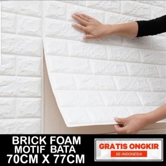 Foto Produk Wallpaper 3D Korean Style Foam Batu Bata Putih 70Cm x 77Cm - FOAM BATA PUTIH dari Grosir Laris