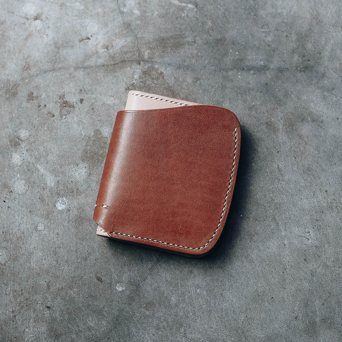 Foto Produk Vertical Wallet IV - Brown Natural dari Revolt Industry