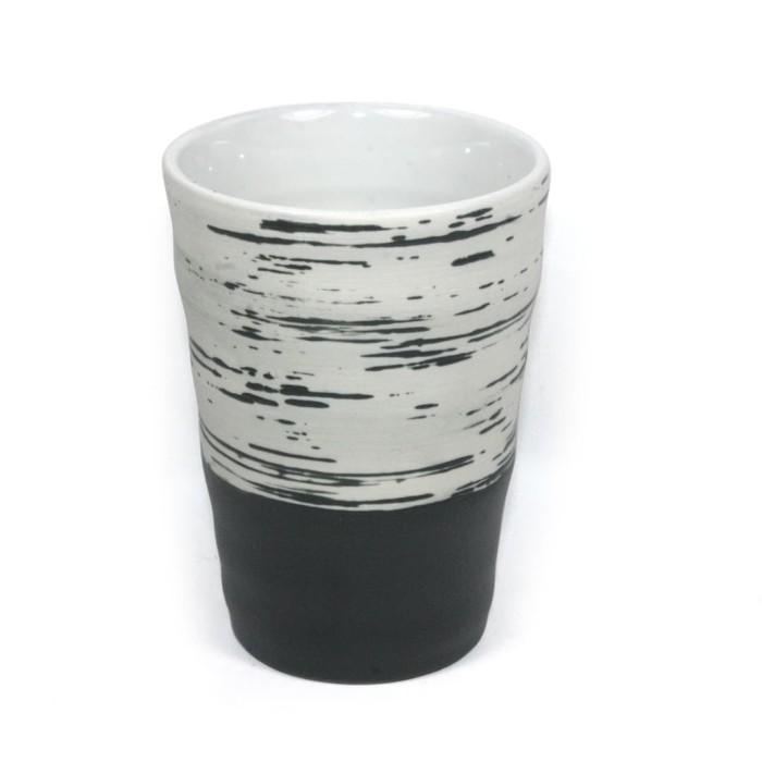 Foto Produk Artisan Ceramic   Charcoal Scratch Mug   Mug Tanpa Handle Keramik dari Artisan Ceramic