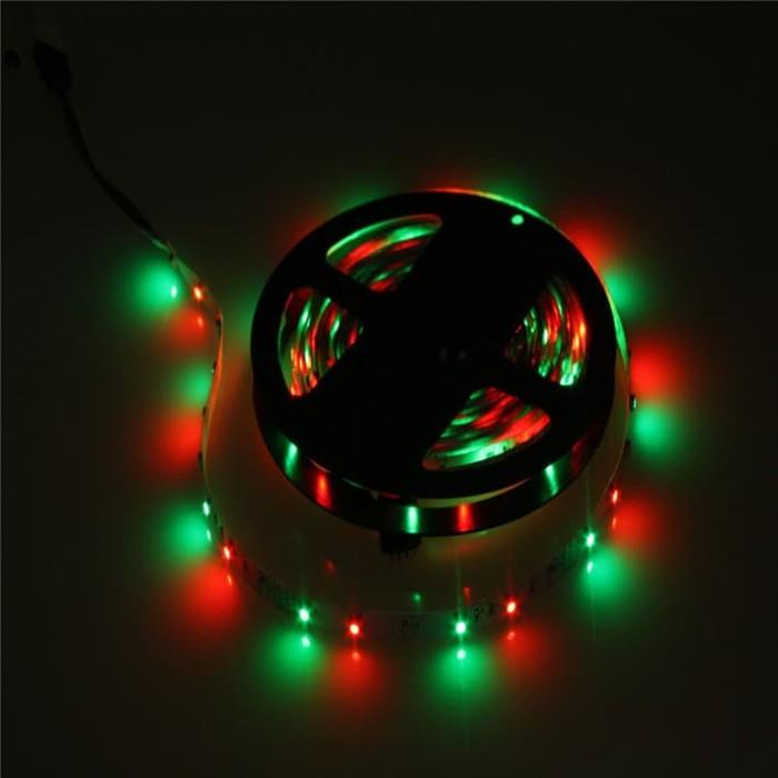 Foto Produk RGB LED Strip 300 LED 5 Meter 12V 2A Dengan Remot Control - Lampu Led dari plugandpay