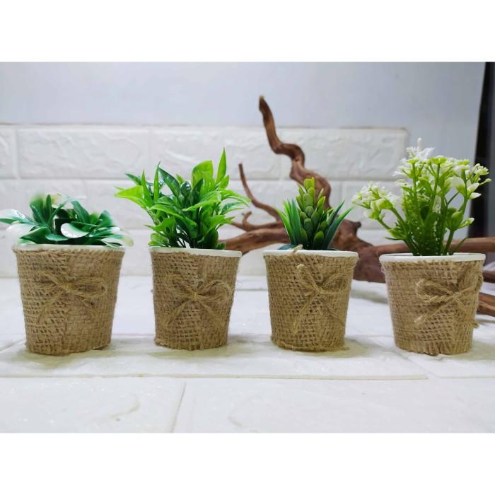 Foto Produk Pajangan Rumputtiga Pot Mini Burlap Kecil Pajangan Unik Cantik - sekulen dari Dunia Handycraft OLS