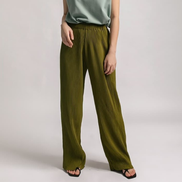 Foto Produk Olive Pleasant Pleats Pants l AVGAL dari Avgal Collection