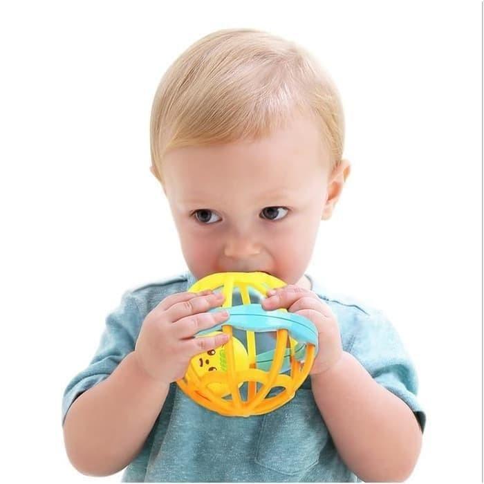 Foto Produk TEETHER BALL RATTLE / BOLA BAYI KERINCINGAN BISA BUAT GIGITAN dari Bintaro Baby Shop
