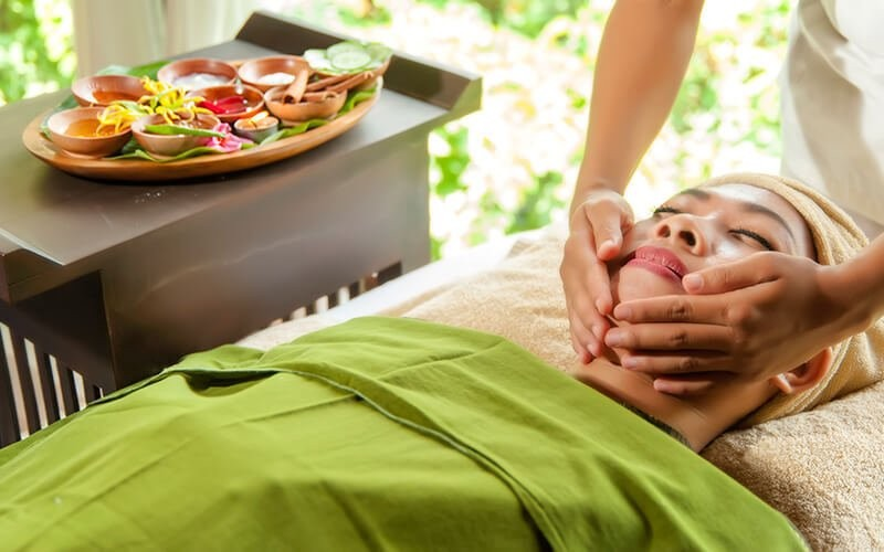 Relaxing Body and Face Treatment 2 Hours