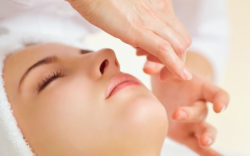 1x Antioxidant Facial + Free Totok Wajah (90 Menit) - Available by Appointment