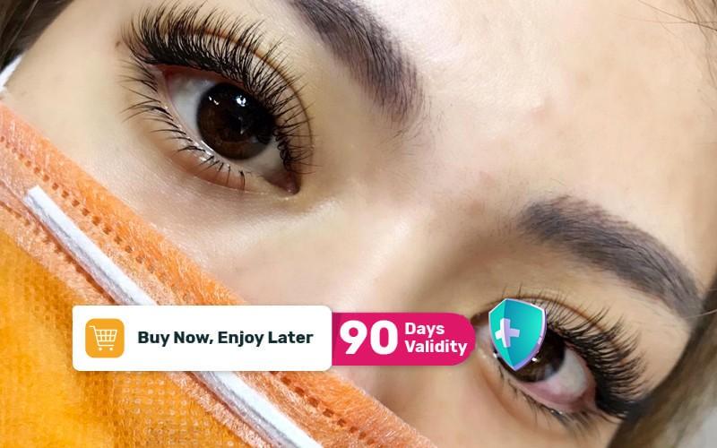 1x Classic Eyelash Extension Single + Mascara Wand + Collagen Eyepatch