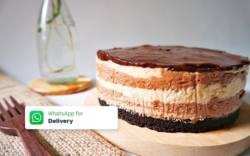 Peanut Butter Chocolate Cheesecake - Delivery
