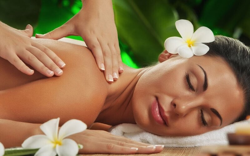 1x Massage Full Body (60 Menit)