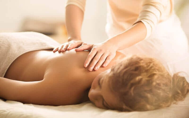 1x Full Body Massage + Reflexology (60 Minutes)