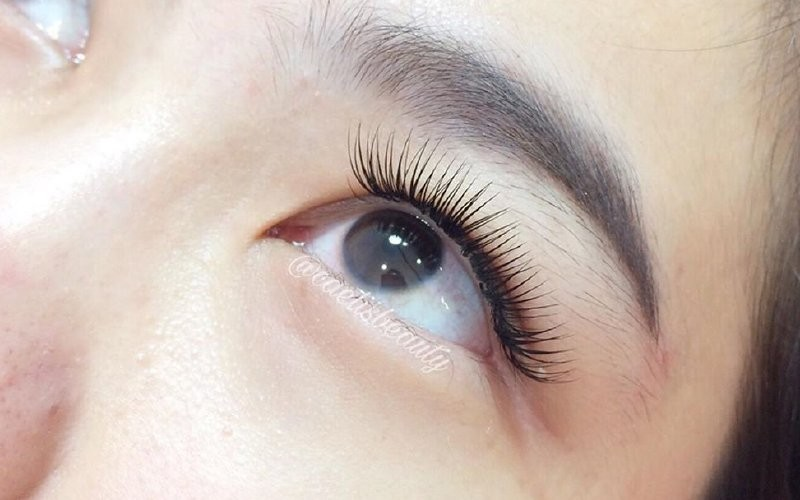1x Eyelash Extension Naturally Fluffy