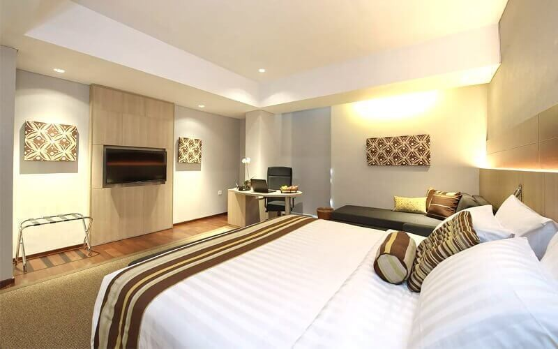 Jakarta: 2D1N in Executive Suite (Room Only)