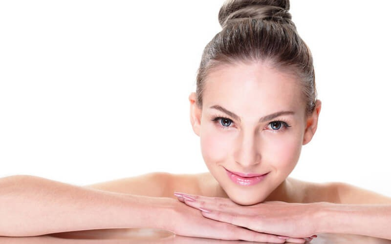 1x BB Glow + Serum + Gold Ampule + Face Mask + Vitamin C - Available by Appointment