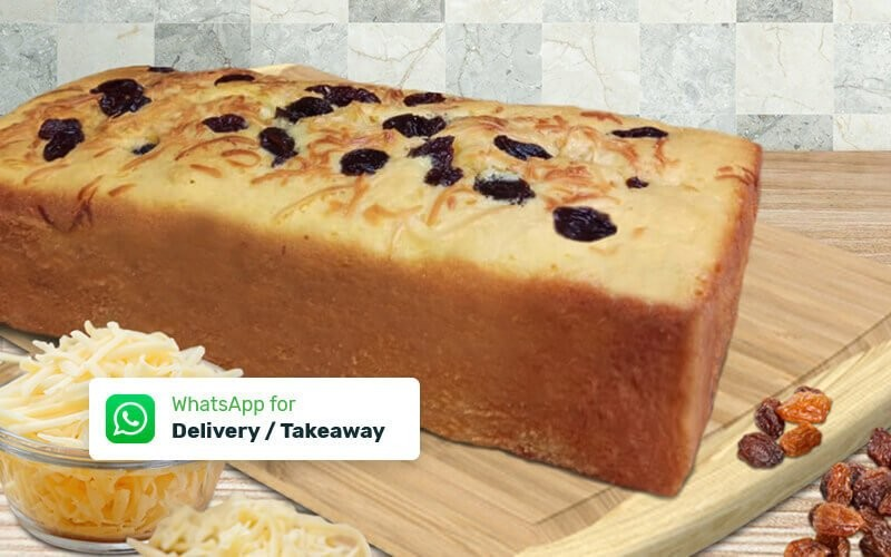 Bolu Tape Topping Almond + 1 Reguler Topping Cheese / Raisin - Delivery & Take Away