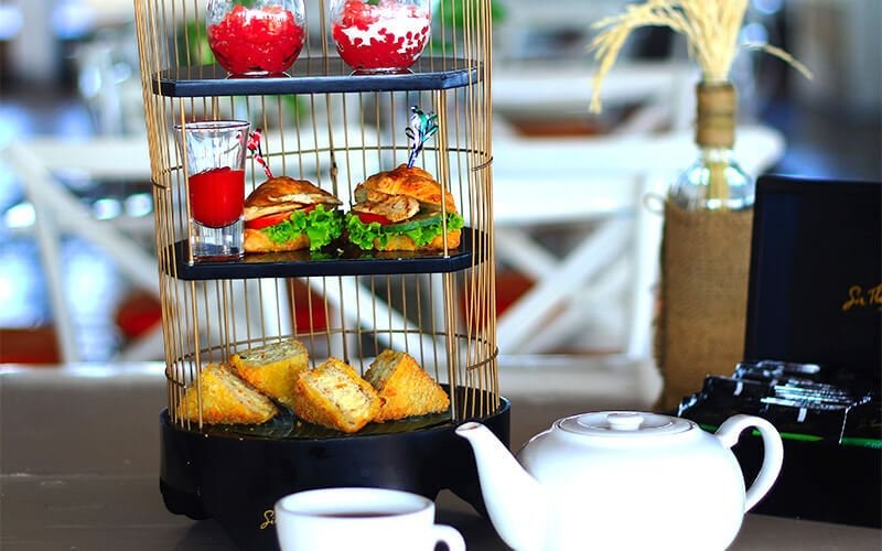 Tea Time For 2 Persons + Swimming Access