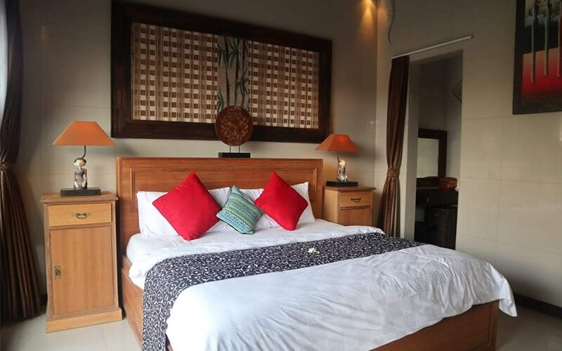 Tanah Lot: 4D3N in Four Bedroom Pool Villa + Airport Transfer + Breakfast for 8 Persons