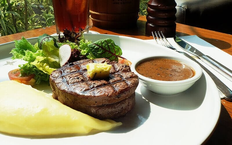 1 Australian Beef Tenderloin Steak with Mashed Potato + Iced Tea
