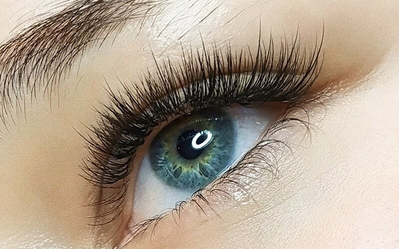 1x 3D Eyelash Extension Mrs Kardashian West - Available for Home Service