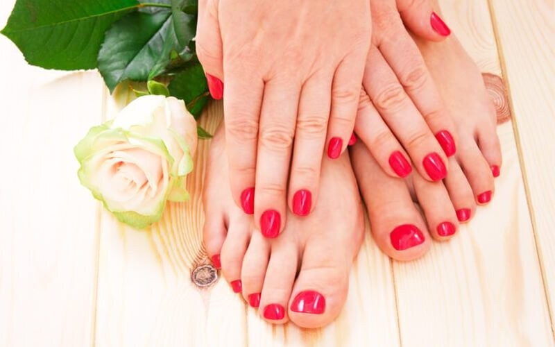Express Manicure / Pedicure + Basic Gel Polish