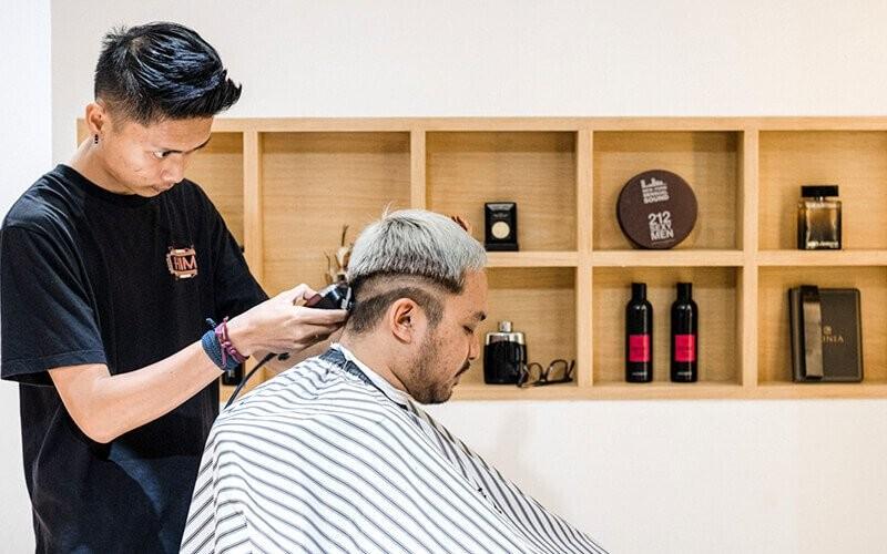 1x Men Full Package : Hair Cut + Full Face Mask + Ear  Candle + Beard Shaving + Hair Wash + Massage + Hairstyling