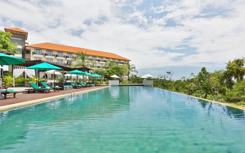 Swimming Pool Packages + Fried Rice + Fresh Coconut