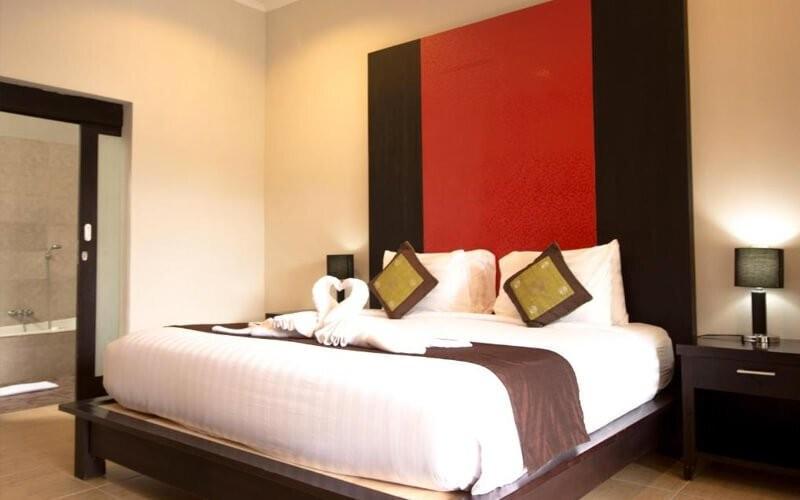 Seminyak: 4D3N in One Bedroom Private Pool Villa + Breakfast + One Way Airport Transfer