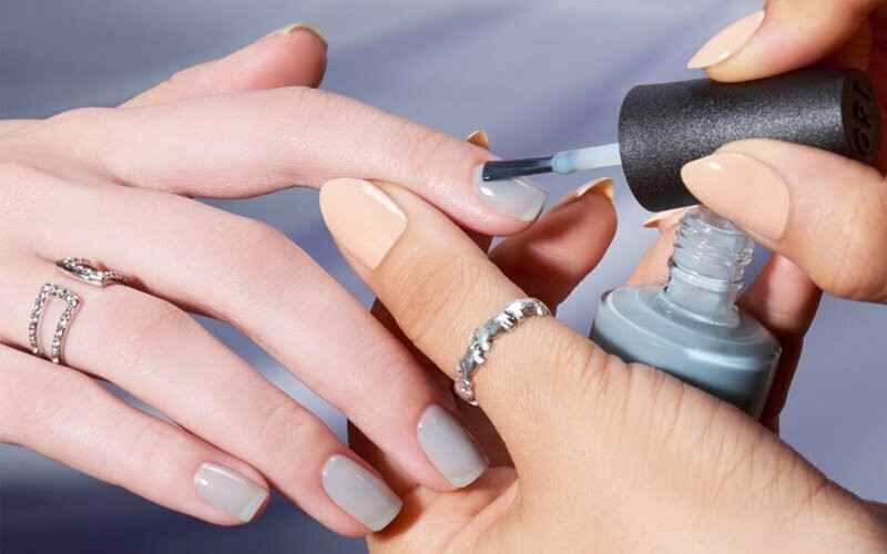 1x Basic Manicure + Nail Lacquer by OPI + Massage